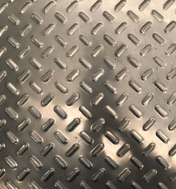 Chapa antiderrapante alumínio