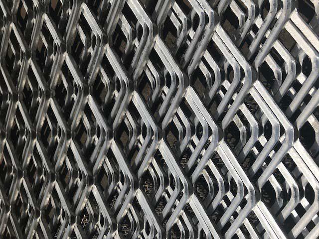 Chapas expandidas alumínio