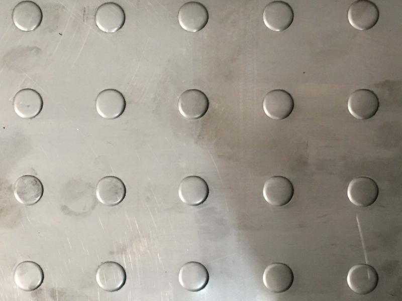 Chapas recalcadas aço inox